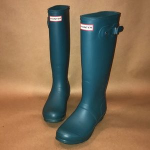 Hunter Boots Matte Finish in Peacock Size 7